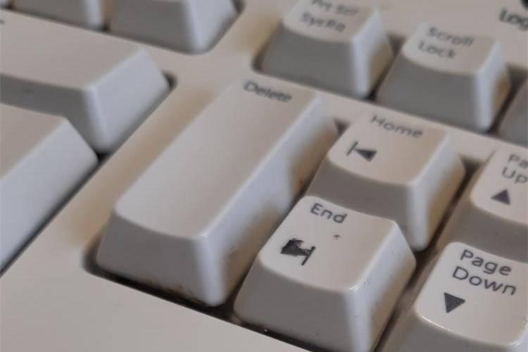 Policija upoznala školarce s opasnostima interneta