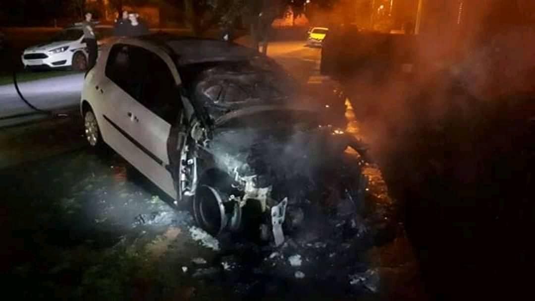 Automobil mu se zapalio pred kućom