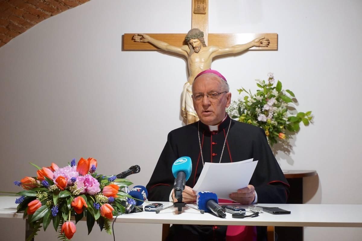 Biskup Škvorčević čestitao židovima Pesah