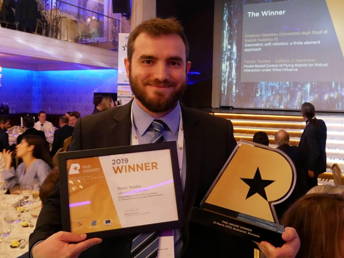 Kaptolčanin Teodor Tomić osvojio nagradu za najbolji europski doktorat iz robotike