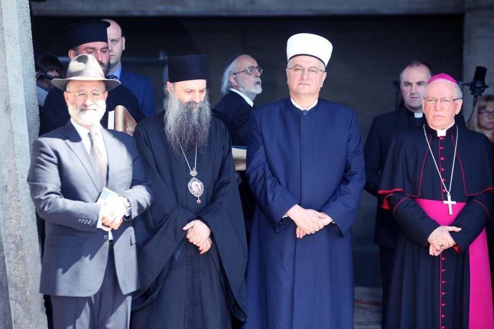 Molitva predstavnika vjerskih zajednica u Jasenovcu prigodom Dana sjećanja na žrtve holokausta