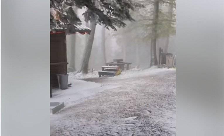 Povratak zime: Na Sljemenu pao snijeg, blokirane ceste diljem zemlje