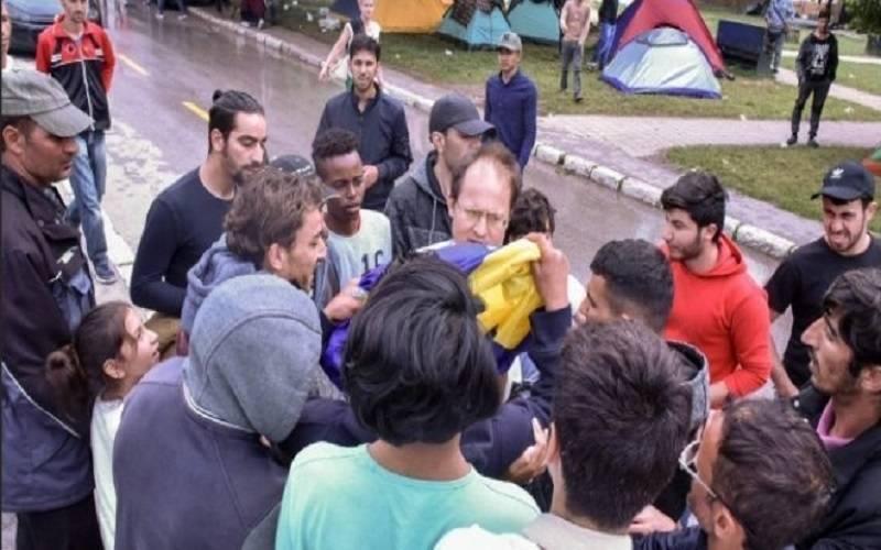 Migranti oteli Slovenca i strpali u prtljažnik