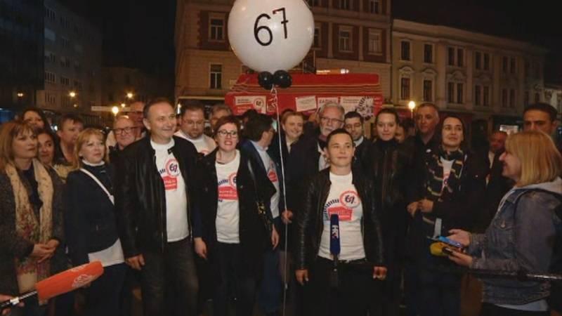 67 JE PREVIŠE: Skupljeno je više od 600.000 potpisa za referendum protiv reforme