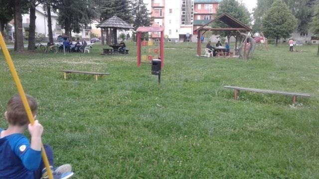 Apel stanovnika Babinog Vira: ʺPokosite travu na dječjem igralištu na radost naših najmlađihʺ