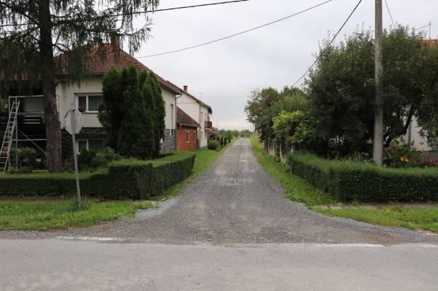 Poziv vlasnicima zemljišta uz Ulicu Đure Salaja u Dobrovcu na obilježavanje granica zemljišta