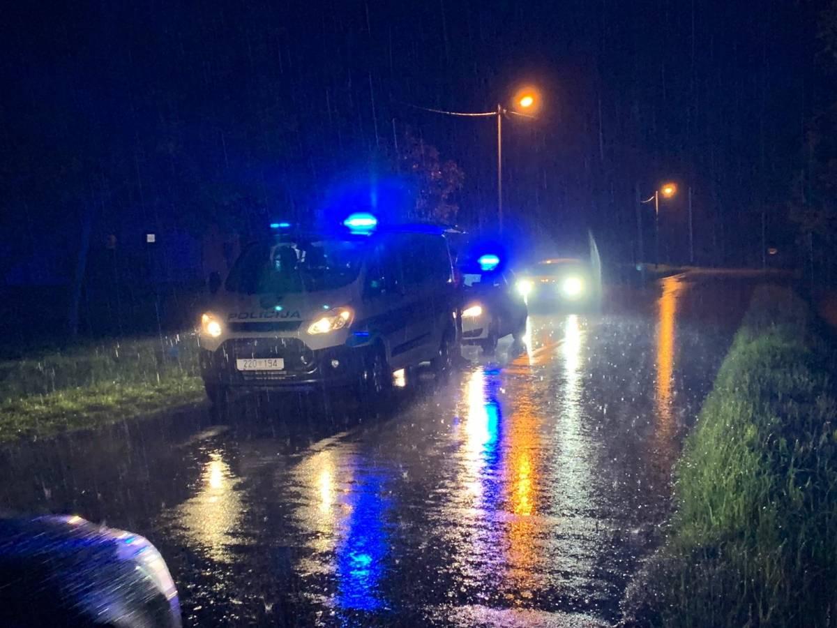 29-godišnji pijani vozač bez vozačke dozvole sletio s kolnika noćas u Frkljevcima