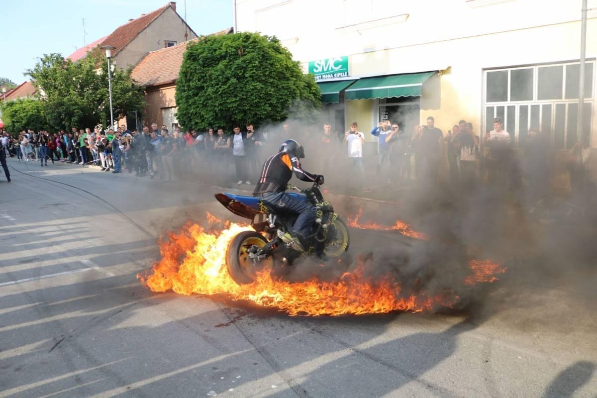 Nezaboravni 10. Moto susreti MK Bulls-a u Pleternici 18.5.2019.