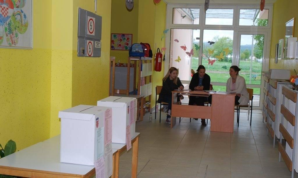 IZBORI ZA EUROPSKI PARLAMENT: Kutije čekaju 7022 birača u Pakracu
