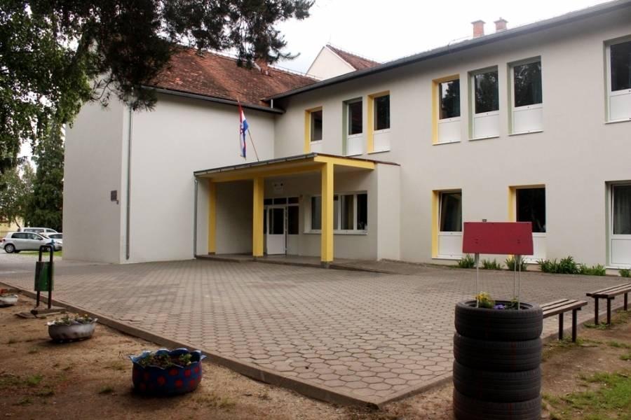 """Završna konferencija projekta energetske obnove zgrade Osnovne škole """"Ivan Goran Kovačić"""" u Velikoj"""
