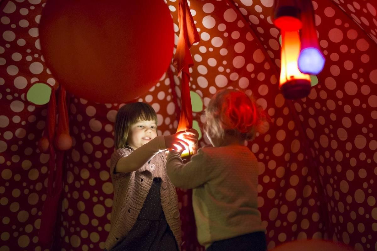 Doživljajno kazalište za bebe u Požegi