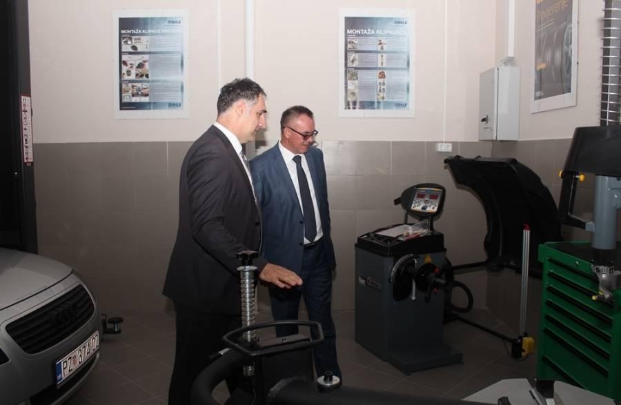 Tehnička škola Požega dobila praktikum za eutomehaniku i autoelektriku