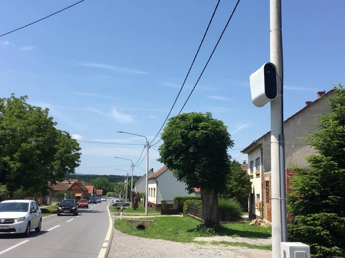 Postavljene nove nadzorne kamere za brzinu u Pleternici, Eminovcima i Brestovcu