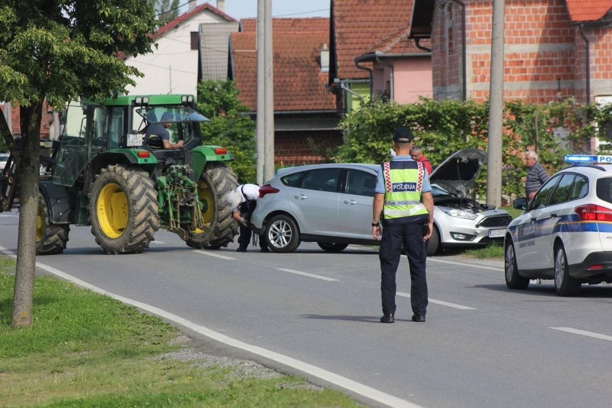 31-godišnjak pijan vozio djecu bez autosjedalica i pojasa i skrivio prometnu nesreću