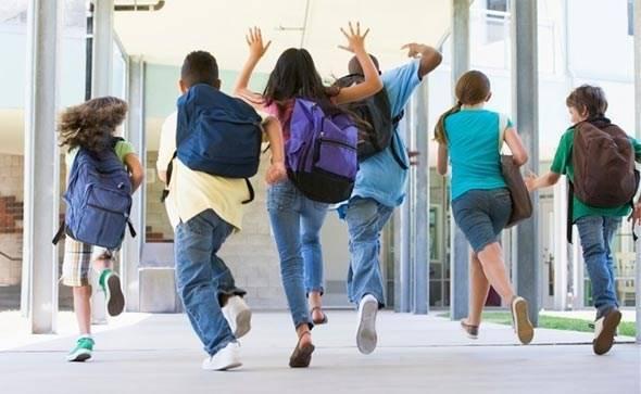 I NAPOKON GOTOVO: Danas je zadnji dan škole, djeca presretna, a i neki roditelji!
