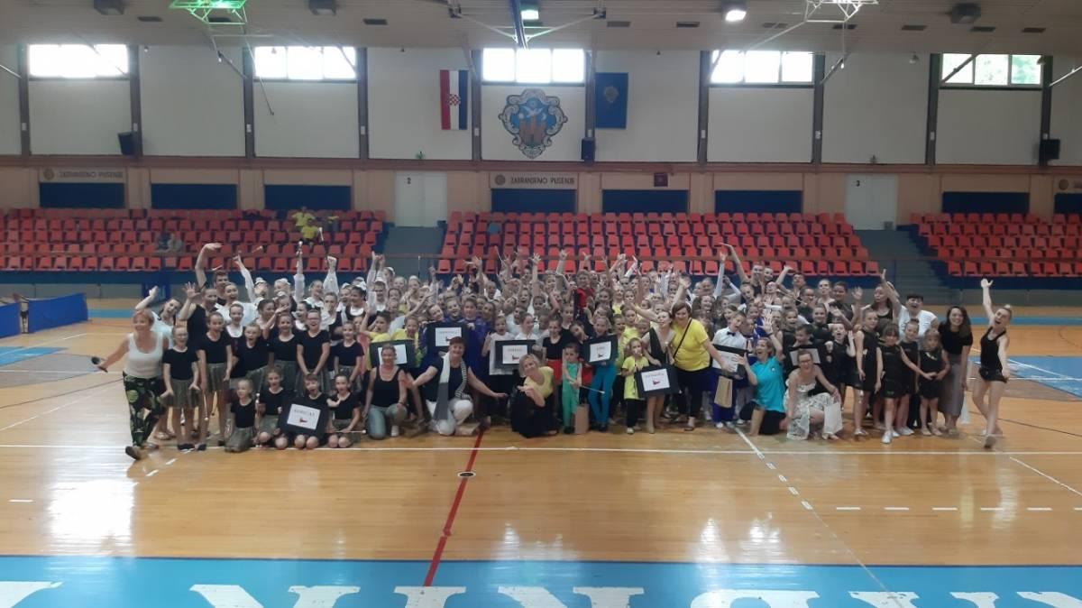 Požega proteklog vikenda bila središte plesa, u dva natjecanja sudjelovalo oko 1000 djece