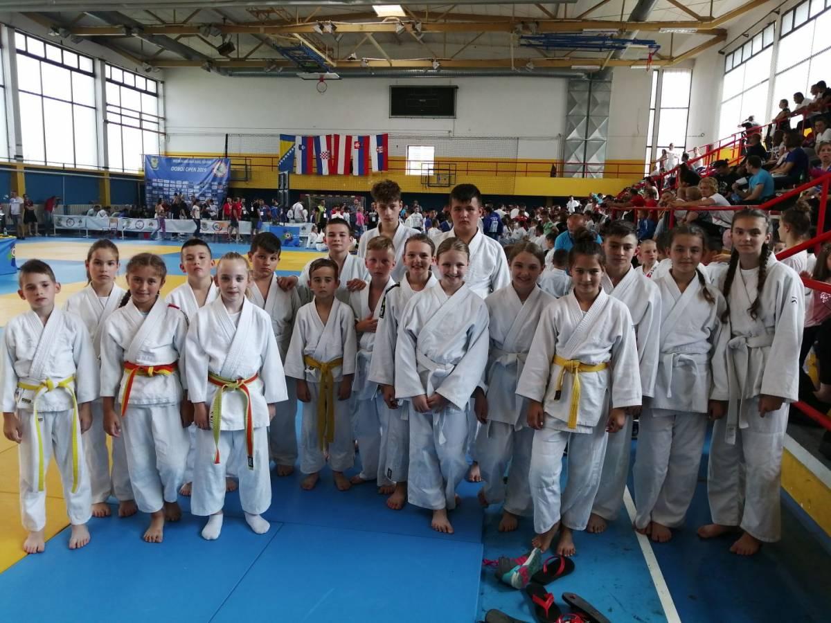 ʺJigoroʺ prvi u uzrastu djevojčica na turniru u Doboju