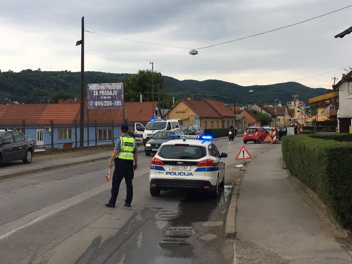 Dvoje ozlijeđenih u sudaru dva automobila u Požegi