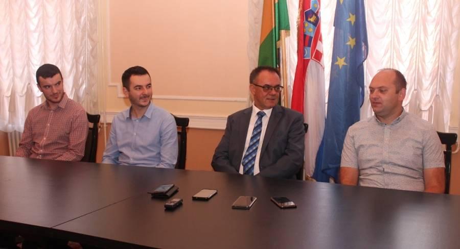 Saša, Ivan i Antun su prvi magistri tamburaškog umijeća u Požeško-slavonskoj županiji