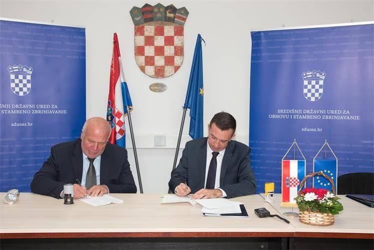 214.486,83 kn za zamjenu krovišta na Društvenom domu u Poljani