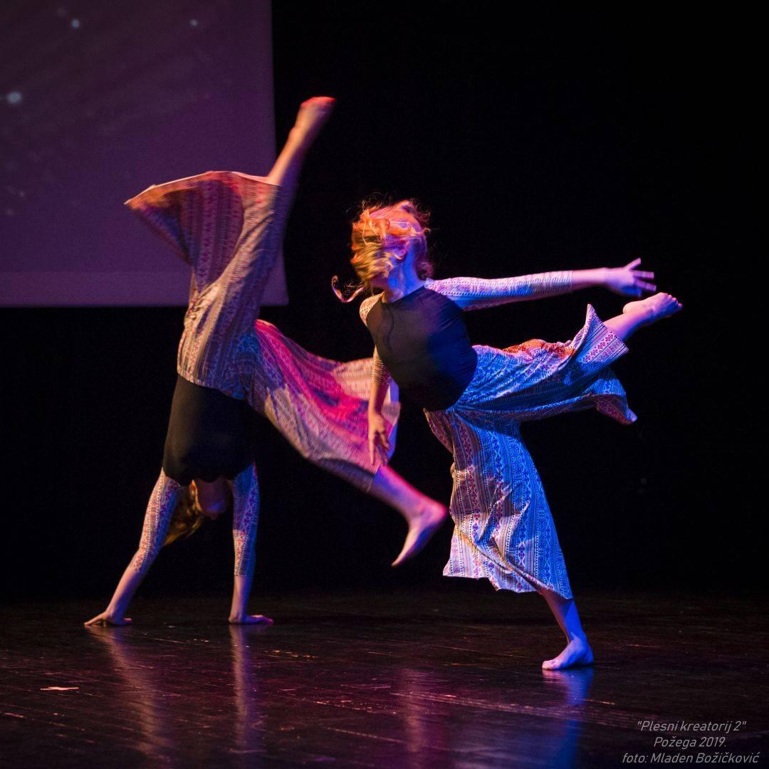 Plesači UO Plesna radionica Ilijane Lončar plešu na prestižnom Šibenik Dance Festivalu