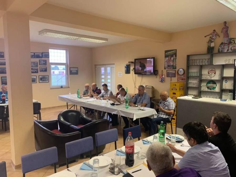 U Oriovcu održan plenum klubova Međužupanijske nogometne lige Slavonski Brod - Požega