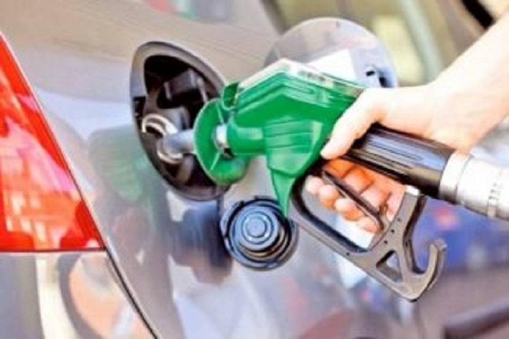 Od danas jeftinije gorivo, i to dosta