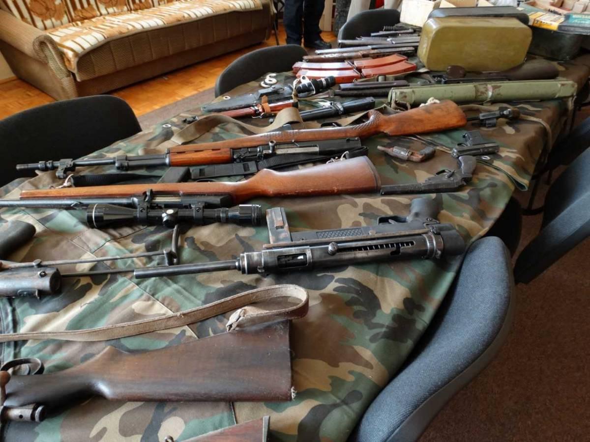 """U 2019. godini u okviru Akcije """"Manje oružja – manje tragedija"""", policiji dragovoljno predano 436 komada raznog vatrenog oružja"""