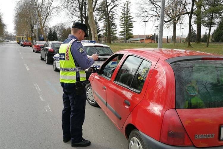 Brođanin upravljao automobilom dok mu je bila izrečena zaštitna mjera zabrane upravljanja! Pročitajte kakva ga je kazna stigla po novom zakonu