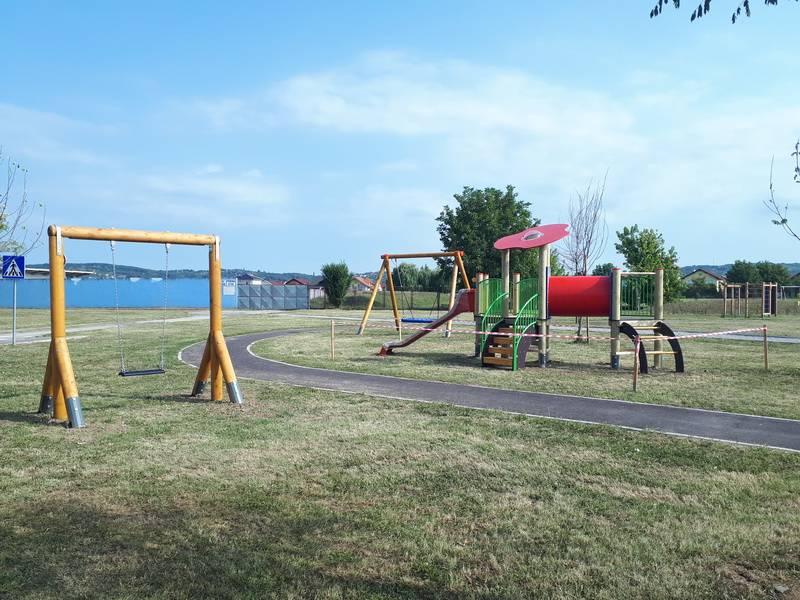 Postavljeno novo dječje igralište u Aleji Miroslava Krleže
