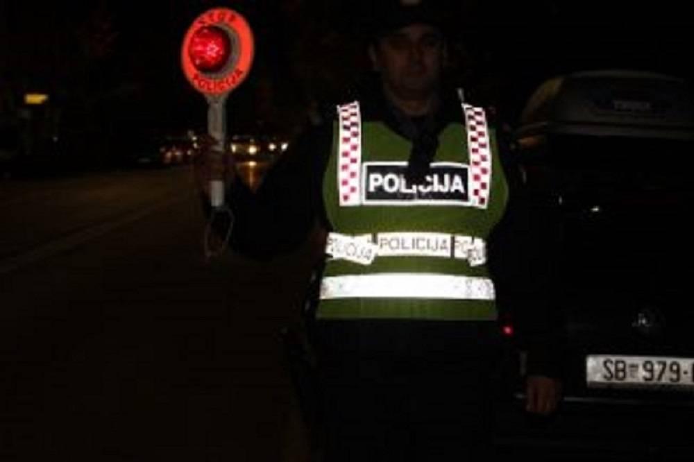 Policija spriječila divljanje objesnog vozača kod Oprisavaca