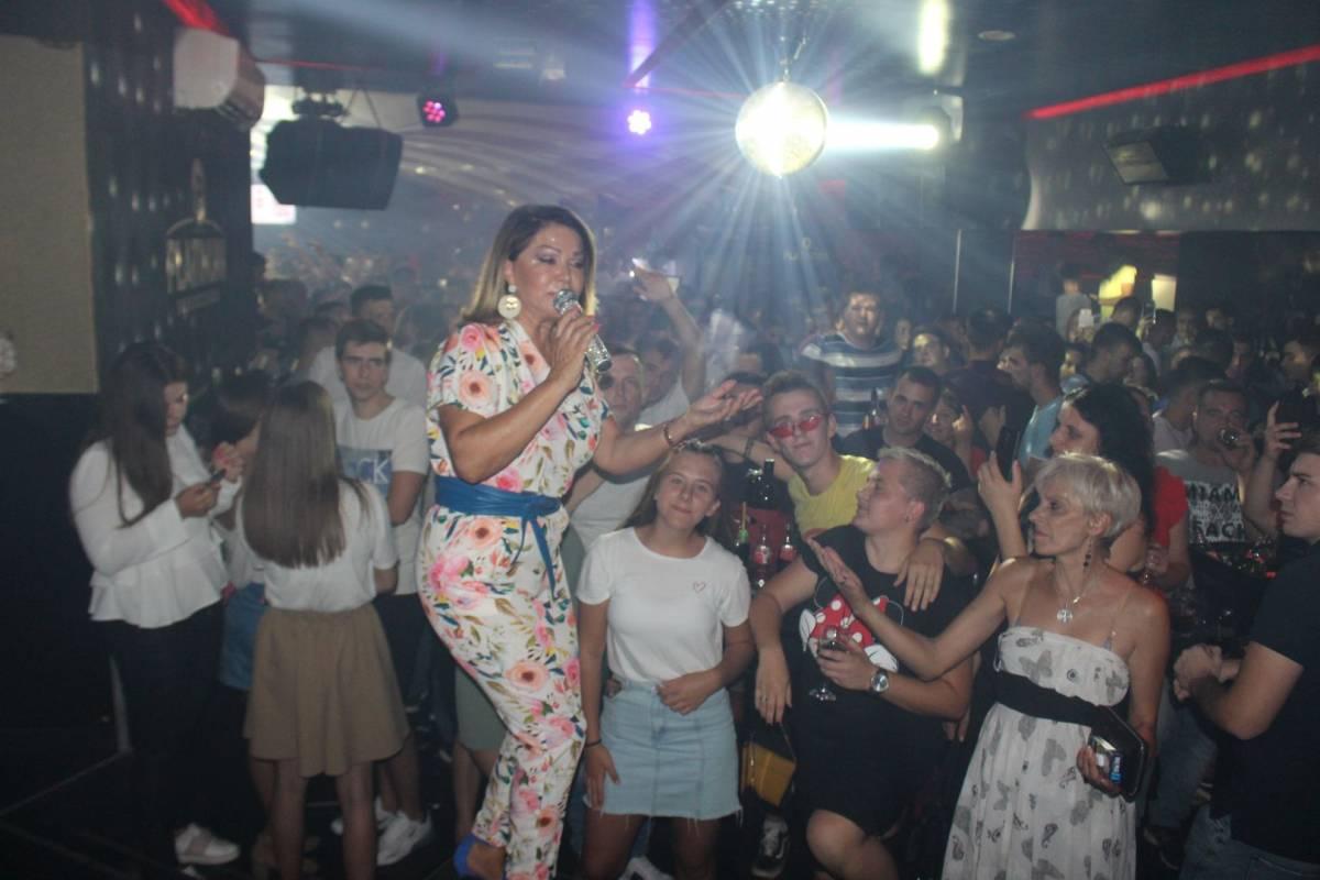 Veliki koncert Nede Ukraden i proslava 5. rođendana Platinuma 23.8.2019.