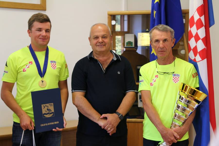 Održan prijem za višestrukog svjetskog prvaka Arijana Hucaljuka
