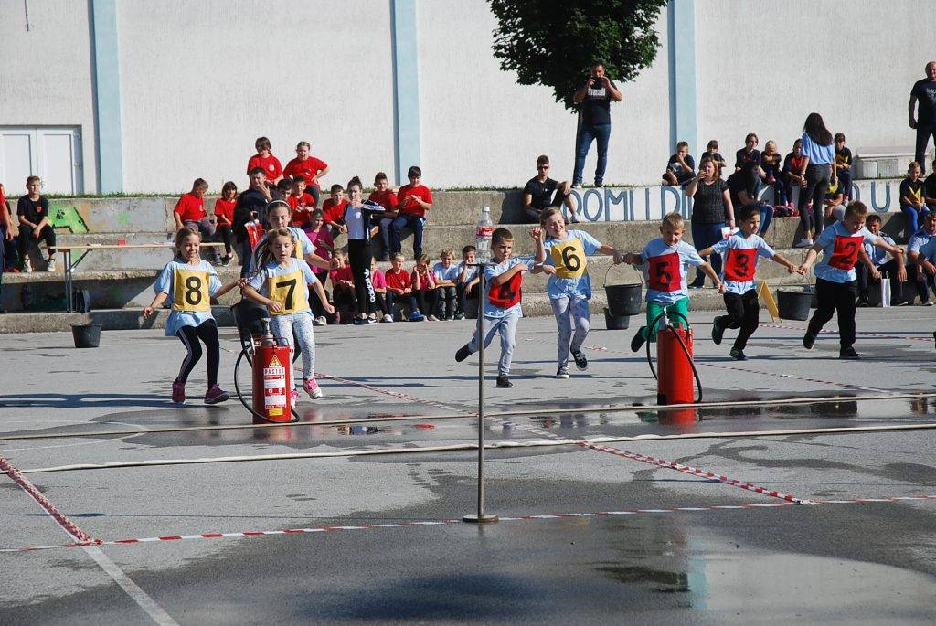 Na 13. županijskom vatrogasnom natjecanju djece i mladeži okupilo se više od 500 mladih vatrogasaca