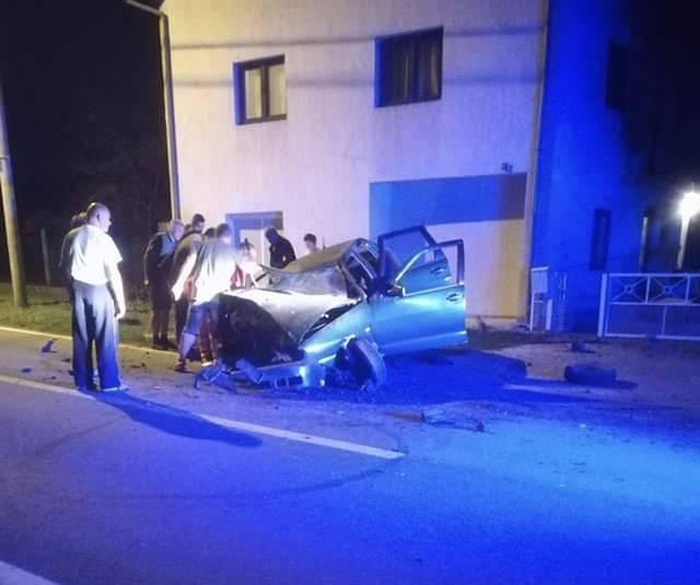 """Strašna prometna nesreća u Resniku nedaleko Pleternice: """"Vrištao je od bolova"""""""