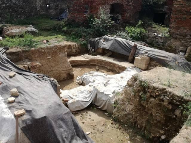 U Kaptolu arheolozi otkrili ostatke romaničke i predromaničke crkve