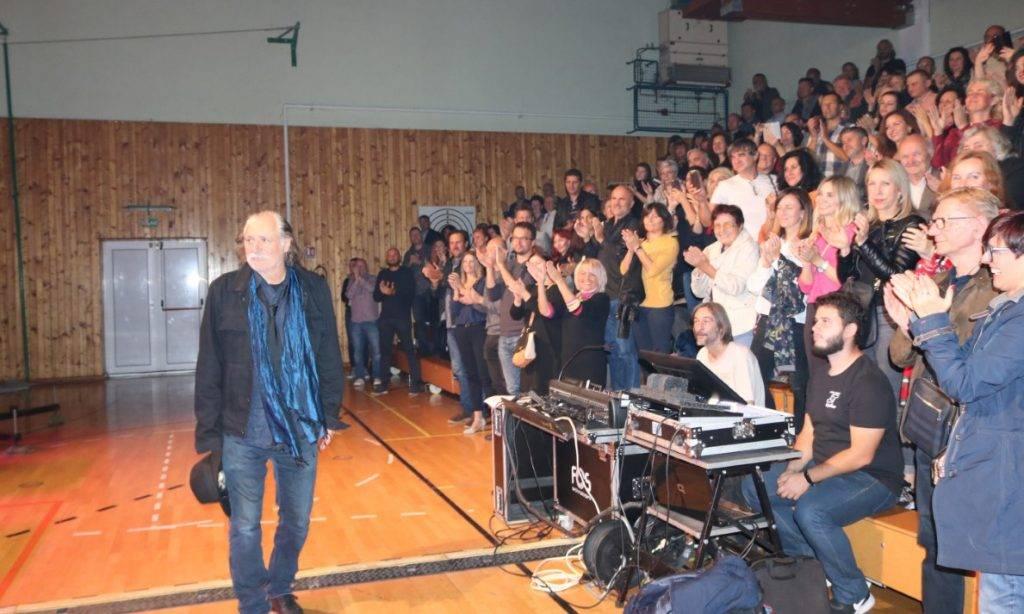 Koncert Rade Šerbedžije: Dva sata uživanja u glazbi i recitalu