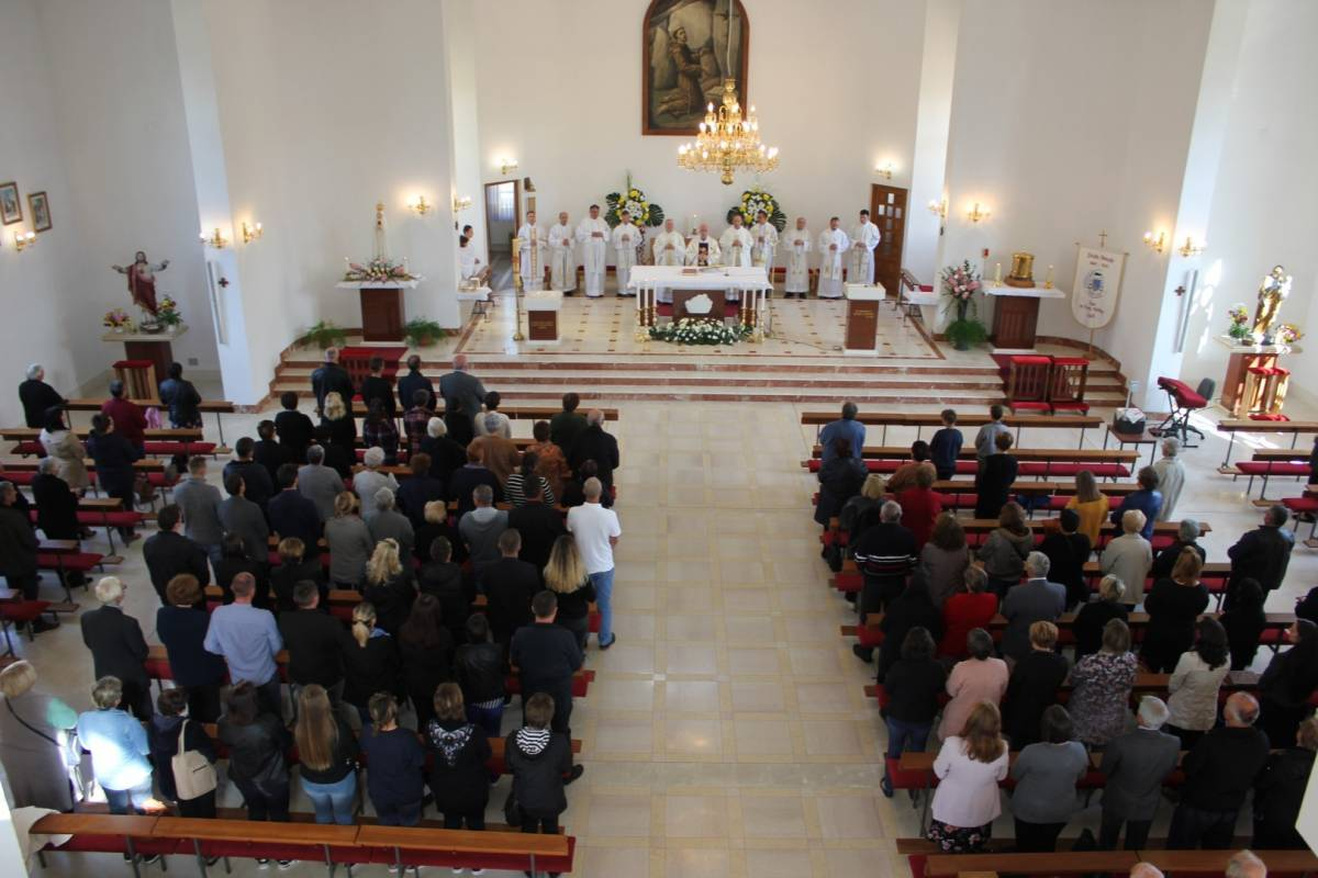 Na blagdan sv. Franje Asiškog Lipičani svečanom misom proslavili Dan grada Lipika