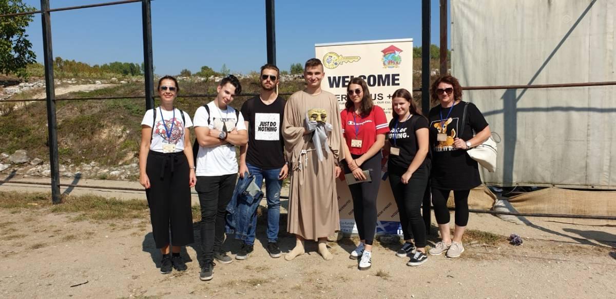 Laura, Ivana, Filip, Matej i Tomislav na Erasmusu u Grčkoj predstavljali hrvatsku kulturu