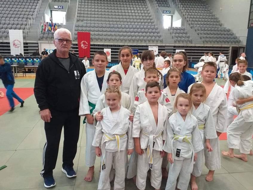 Judaši Judokana se iz Osijeka vratili s 12 medalja, od kojih su tri zlatne