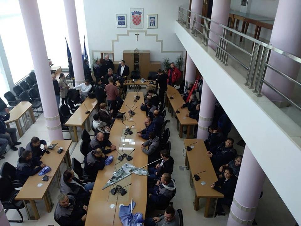 Radnici Đure Đakovića danas će prosvjedovati ispred zgrade Brodsko-posavske županije