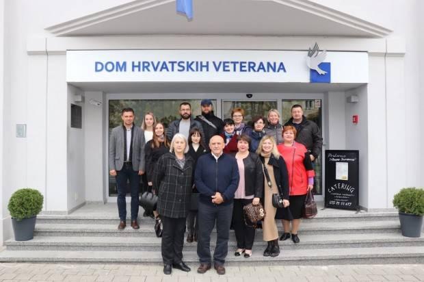 Delegacija iz Ukrajine upoznata s pozitivnim iskustvima u pružanju sveobuhvatne skrbi hrvatskim braniteljima