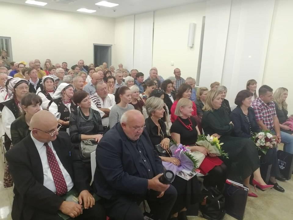 """Održana promocija monografije i kuharice """"Kulturne rute bećarca i gange"""" u Pleterinici"""