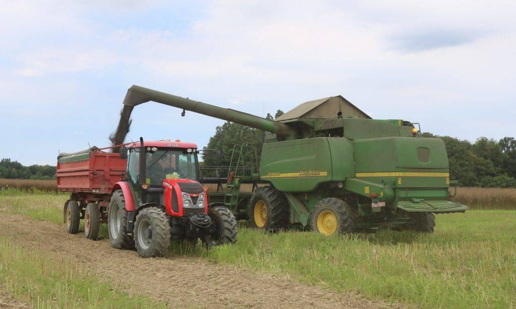 """U tvrtki """"Poljoprivreda"""" Lipik sjetva je završena, a berbe su pri kraju"""