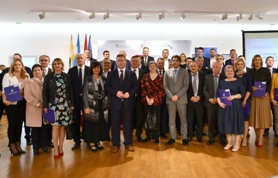 Požeško slavonska županija potpisala Ugovor s Ministarstvom regionalnog razvoja o sufinanciranju projekata