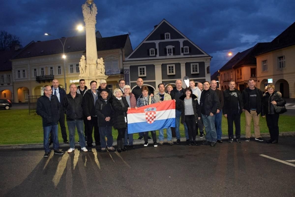 Požežani se uputili u Vukovar kako bi odali počast svim poginulim hrvatskim braniteljima u Domovinskom ratu