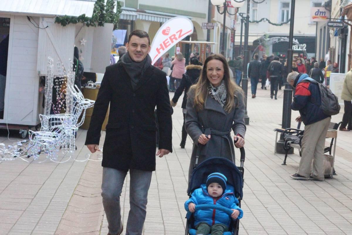 Subotnja zimska šetnja Požegom 7.12.2019.