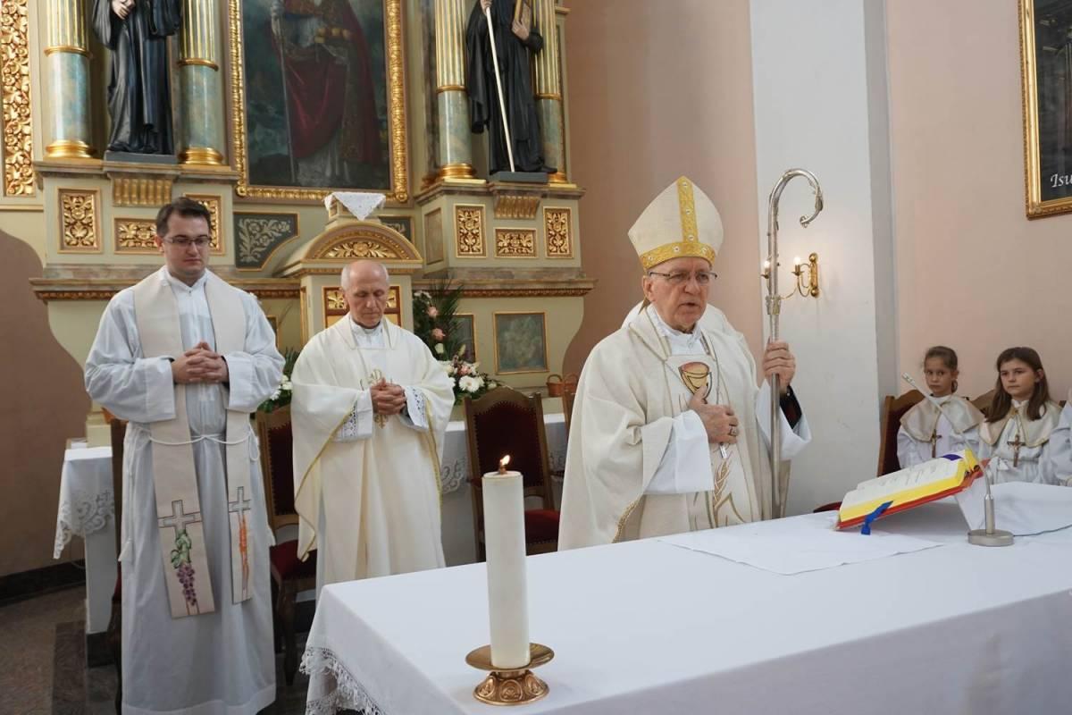 Požeški biskup Antun Škvorčević u Župi sv. Nikole u Međuriću, predvodio središnje euharistijsko slavlje