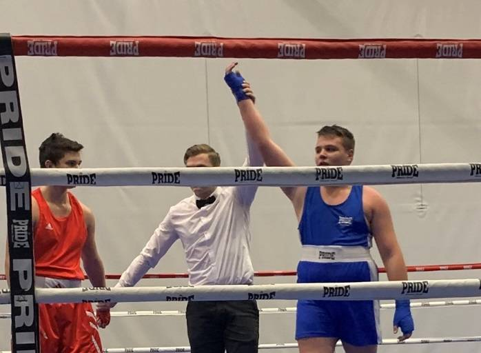 "Požeški boksač Mihael Heig (Graciano) ostvario pobjedu na ""Osijek boxing openu"""