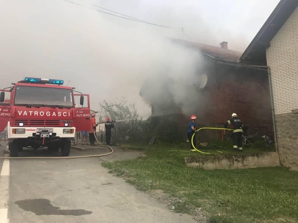 U Bektežu izbio požar na obiteljskoj kući